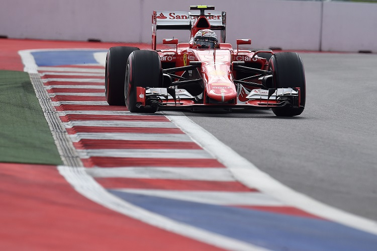 F1 Russia – Mercedes secure Constructors' crown as Raikkonen lands penalty